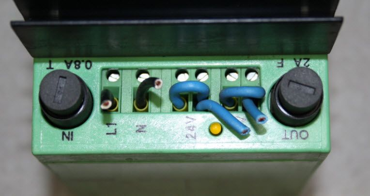 Phoenix Contact CM 90-PS-230AC//24DC//2 Power Supply Art.Nr 2943709 CM90-PS-230AC